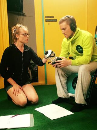 Emilie Nyman instruerar på Studio Meisner skådespelarutbildning